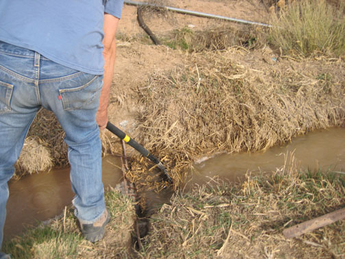 cleaning-the-ditch1
