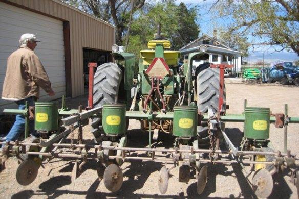 Planting-Corn-005